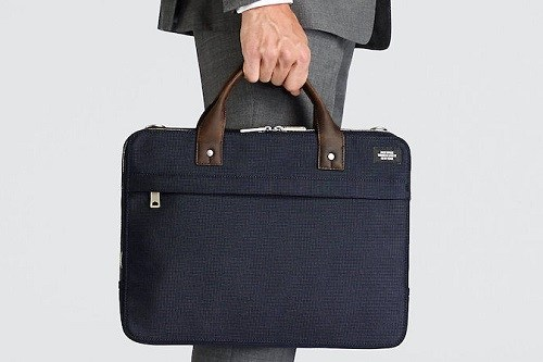 Carrying Laptop Bag